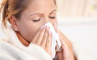 Чем лечить горло и насморк при беременности на ранних и поздних сроках?